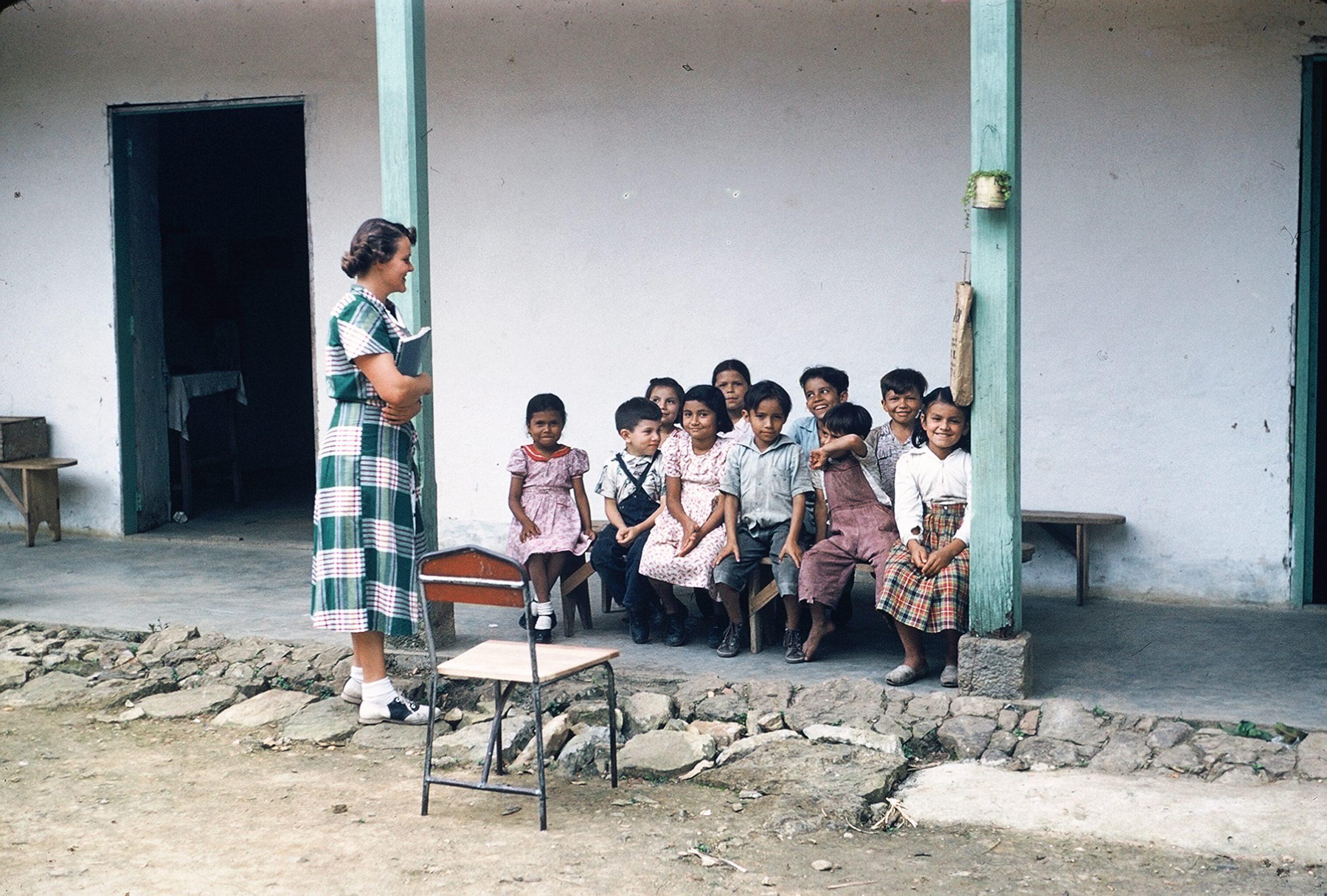 8 vernelle y niños La Mesa